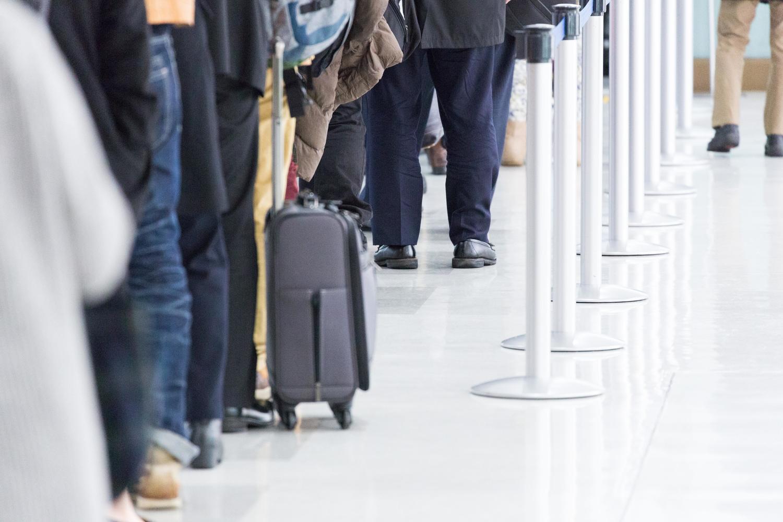 「スーツケース 就活」の画像検索結果